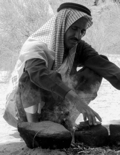 Jordanië | Tea time in the middle of the Wadi Rum desert